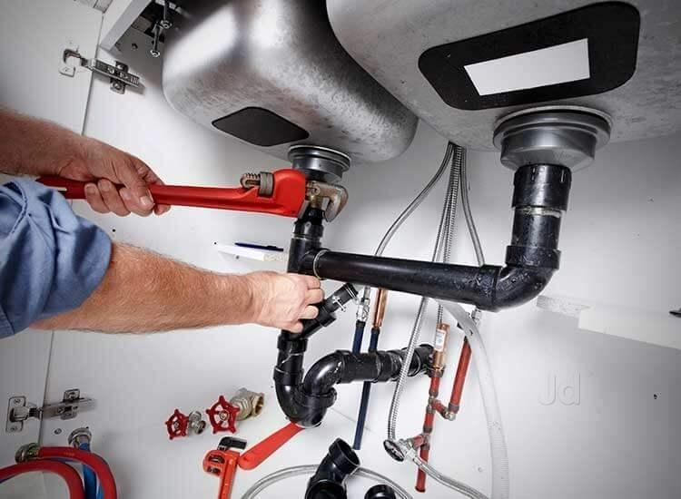 Common Issues that Require a Plumber